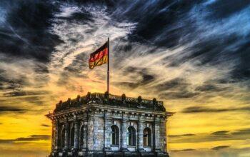 Rożnica w języku niemieckim w Niemczech i w Austrii